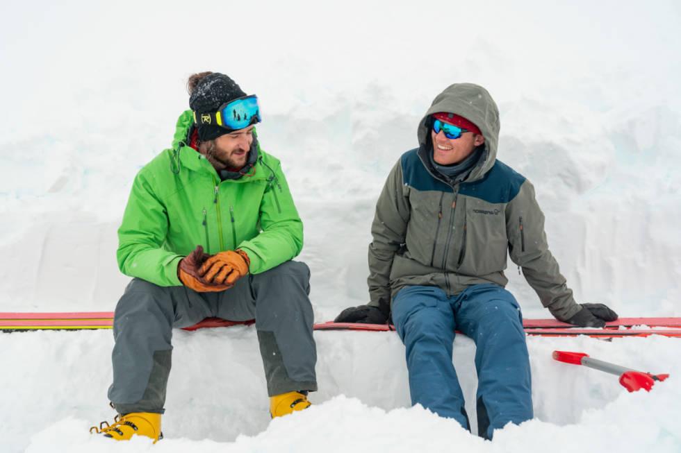I SAMTALE: Petter Westgaard og Nikolai Schirmer. Foto: Kyrre Buxrud