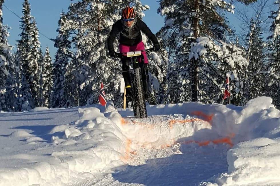 Emily Benham Kvåle på vei mot NM-gull på Lygna i fjor.  Foto: Asbjørn Kvåle