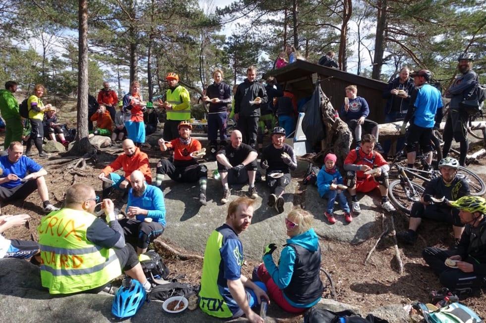 lunch Cruxing - Pål Valbjørk 1400x932