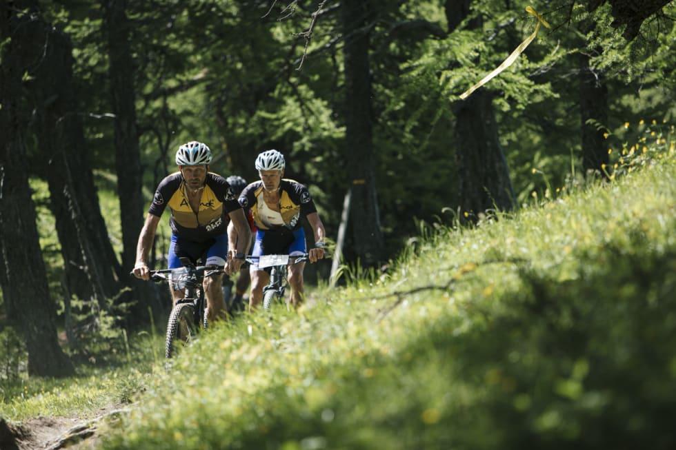 Øyvind Reiten og Olav N. Birkeland vant klassen M50+ i Alps Epic. Foto: Jean-Luc Armand/Alps Epic