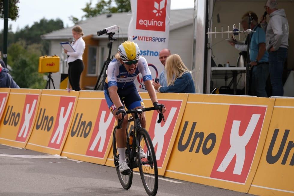 SØLV: Andreas Staune-Mittet tok sin første NM-medalje, til tross for bare to fungerende gir. Foto: Mikkel Skretteberg/sportsfoto.no