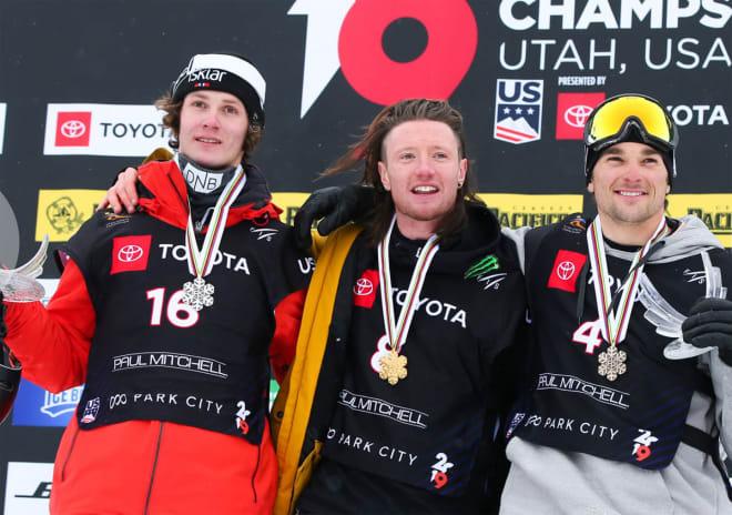 PALLEN: Fra venstre: Birk Ruud, James Woods og Nick Goepper. Foto: FIS