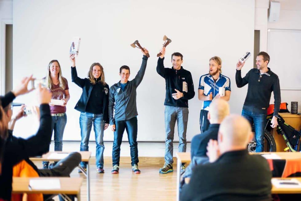 PODIET: Fra venstre: Jess Dicks (tredjeplass), Katharina Merchant (andreplass), Nina Gässler (førsteplass), Adam Eritzøe (førsteplass), Antti Sintonen (andreplass) og Rune Larsen (tredjeplass). Foto: Mikkel Soya Bølstad