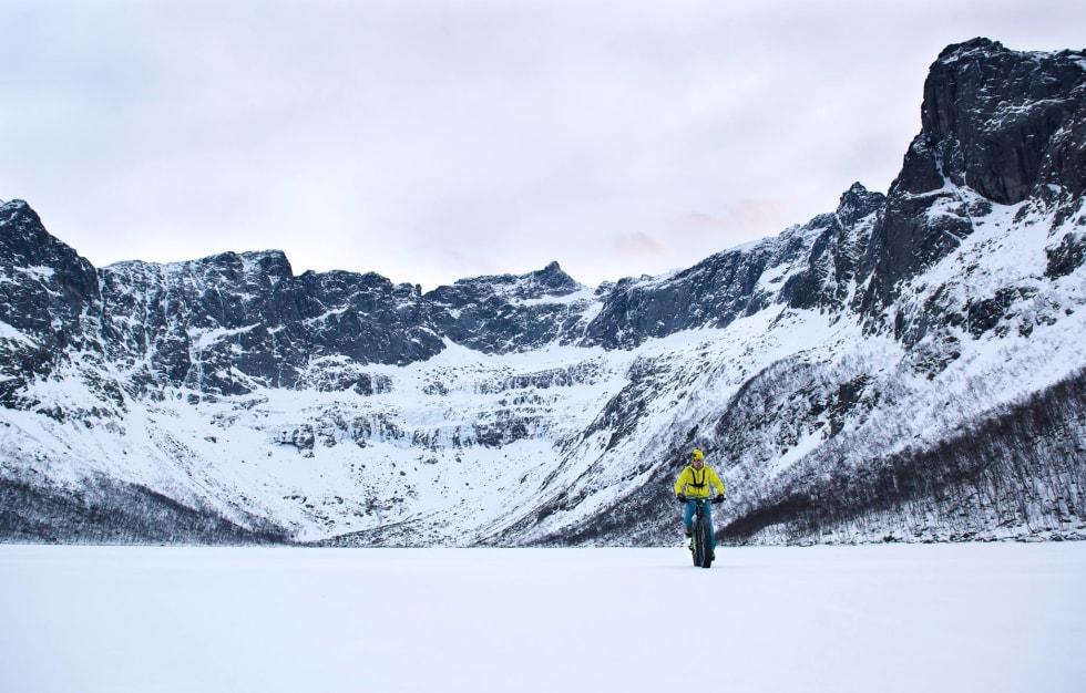 Tromvika Kvaløya tour Pål Jacobsen 1400x933