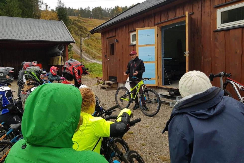 Sykkeloppsett m Rasmus Leiro Foto Hanne Holmstrøm Karlsen 1400x933