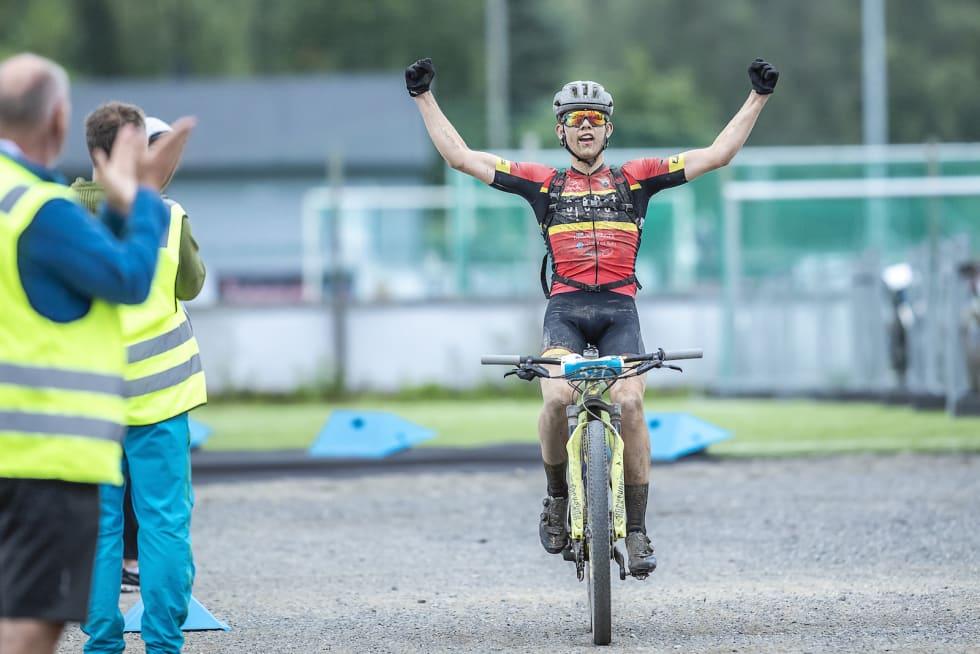 Ole Sigurd Rekdahl vant juniorklassen og ble nummer seks totalt i Birkebeinerrittet. Han leder også Norgescupen sammenlagt med 840 poeng. Foto: Pål Westgaard