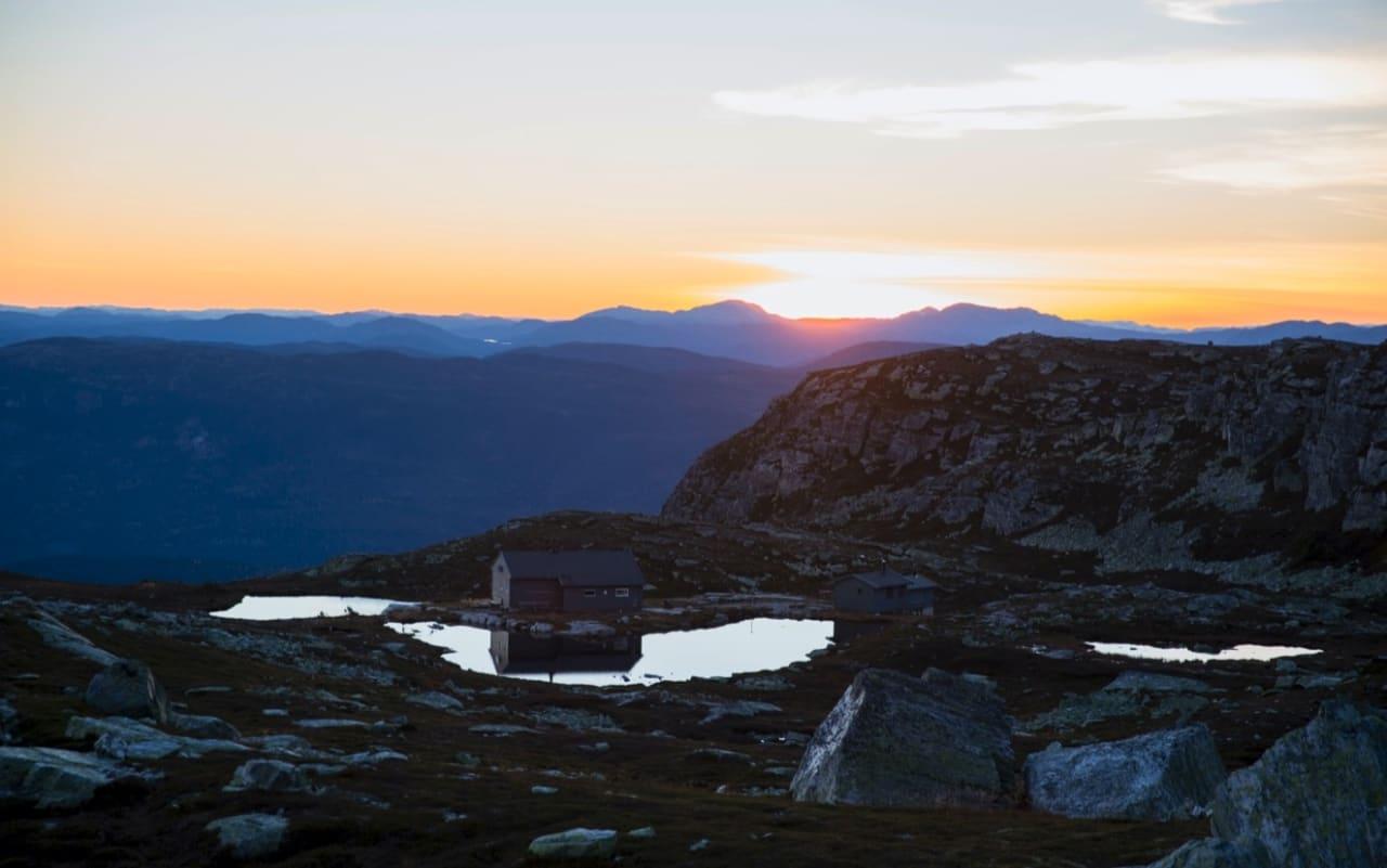 Sigridsbu er det perfekte utgangspunktet for turer nordover Blefjell. Foto: Line Hårklau