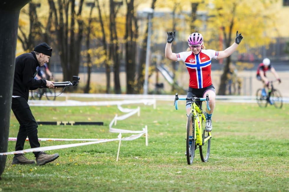 Elisabeth Sveum finish Superpokal Voldsløkka 2018 - Pål Westgaard 1400x933