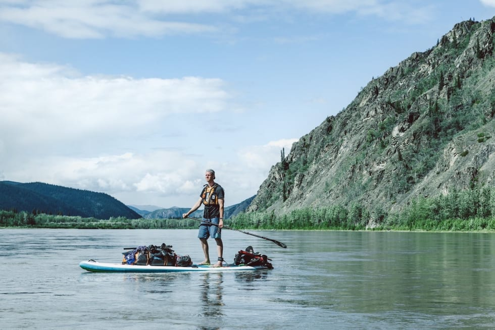 For to år siden padlet Marcus Aspsjö på Yukon-elva i Alaska og Canada. Foto: Victor Daggberg