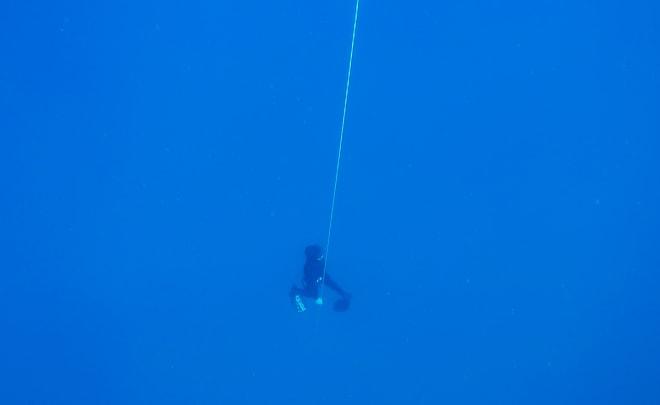 DYPT: Stian langt nedi Middelhavet.