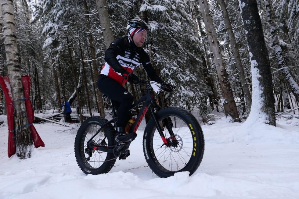 Fullt fokus: Wiggo Skretteberg har blikket langt fram og fullt fokus på oppgavene. Foto: Stian Bergsveen