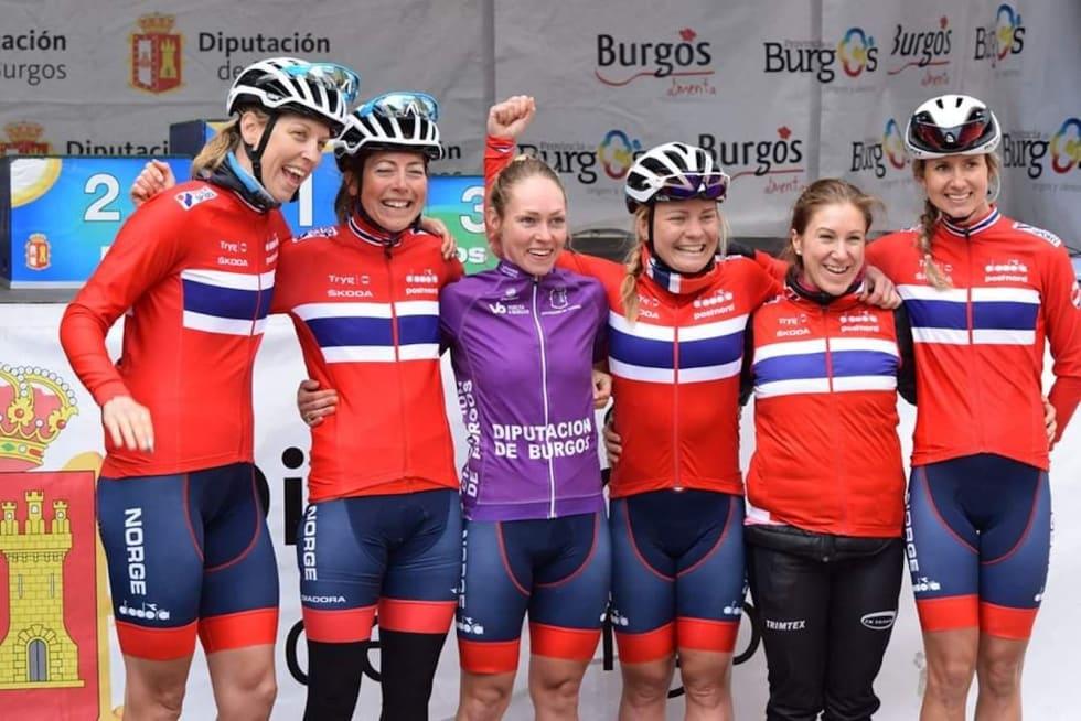VUELTA A BURGOS: Stine Borgli (midten) vant etapperittet Vuelta á Burgos i Spania i mai. Fra venstre: Julie Solvang, Ingrid Lorvik, Stine Borgli, Emilie Moberg, Marie Flataas og Birgitte Ravndal. Foto: CK Victoria