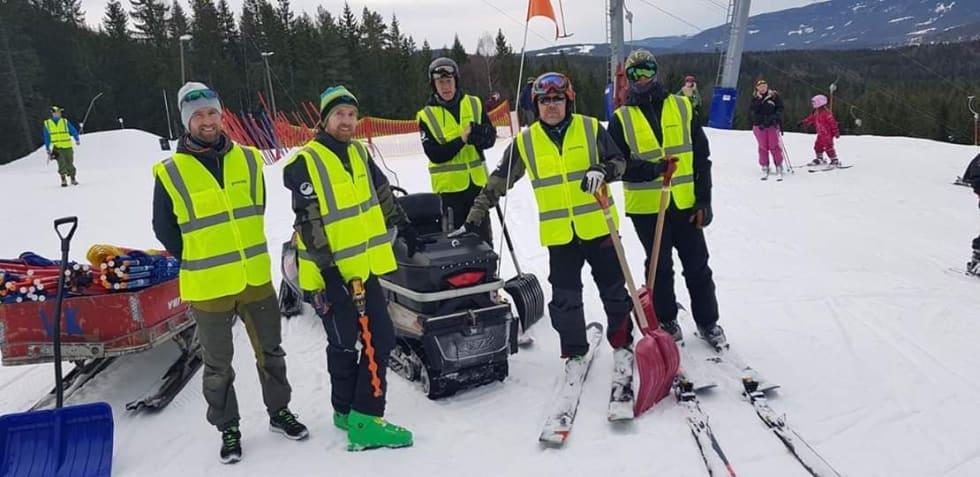 Denne gjengen fikk mye skryt for både konseptet og etappene: (fra venstre) Kristoffer Løken (Oslo Enduro) Stian Eilifsen, Håkon Kilstad, Stian Dahlum og Herman Hanken. Foto: Varingskollen