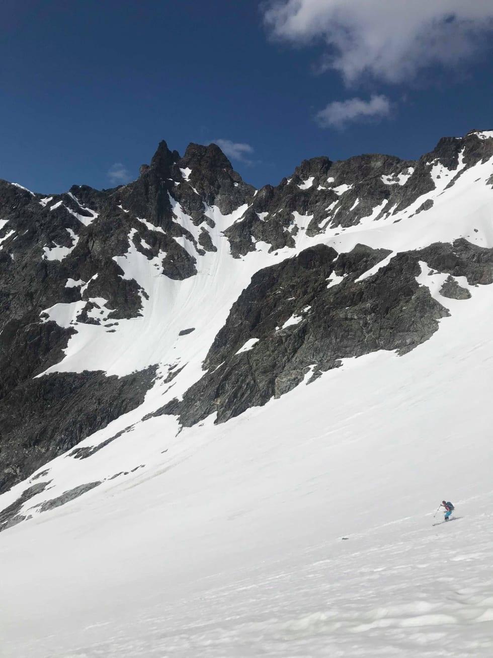 Store Kjostinden: Fine snøforhold i år! Foto: Merete Samuelsen