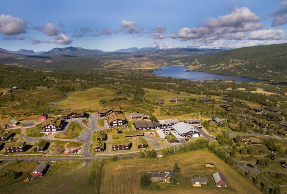 IDYLL: Gomobu ligger på tregrensen, like ved Panoramavegen over til Hemsedal. Foto: Gomobo Fjellstue.