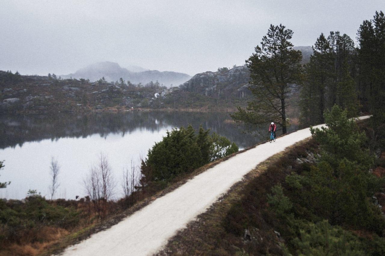 IDYLL: De første kilometrene ut fra Egersund er preppet for syklister: Foto: Jørgen Rydheim.