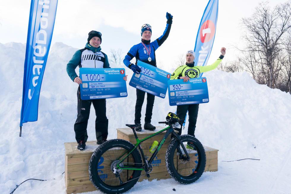 Pallen i herreklassen: Audun Øverbye Hanssen vant foran Daniel Boberg Leirbakken mens Bjørnar Aronsen ble nummer tre. Foto: Rino Engdal