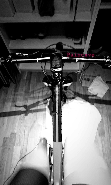 Anna Stray Rongve sykler intervaller på rulla 1-2 ganger i uka.