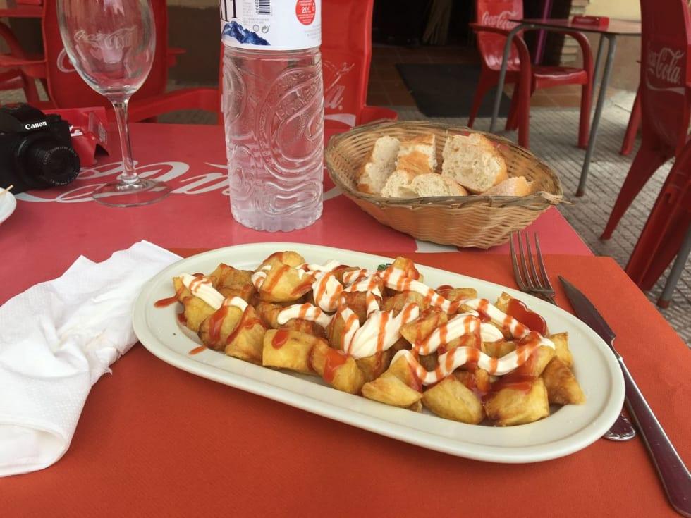 POTET: At Norge kalles for potet-land er ikke helt rettferdig overfor Spania. De elsker sine patatas bravas i Spania.