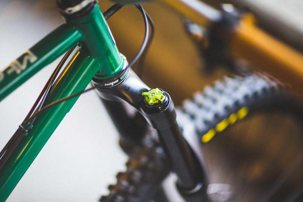 KNOTTEN: DVO-gaffelen har justeringsmuligheter. Foto: Kristoffer H. Kippernes