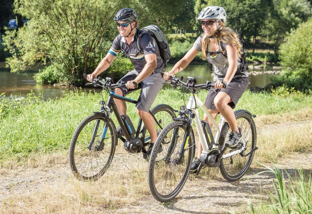 GØY OG LURT: Om flere velger sykkel foran bilen vil det ha positive miljø- og klimavirkninger viser forskning. Foto: Greenspeed