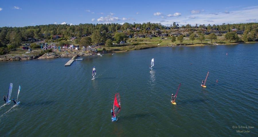 FESTIVAL: Helgens samling blir den tredje windsurf-festivalen i Larkollen. Foto: In To Fire & Water / Mikael Linder /odajohanne.com