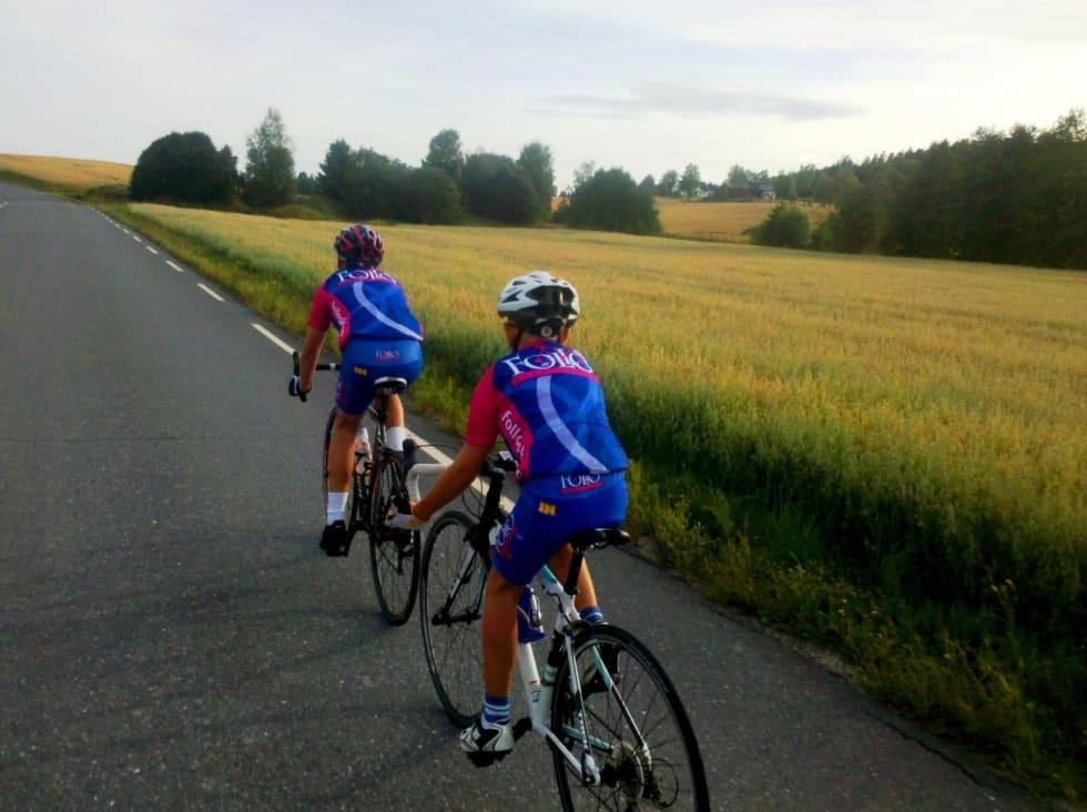 UNGE SYKLISTER: I Follo finner du syklister i alle aldre. Foto: Jonas Orset.