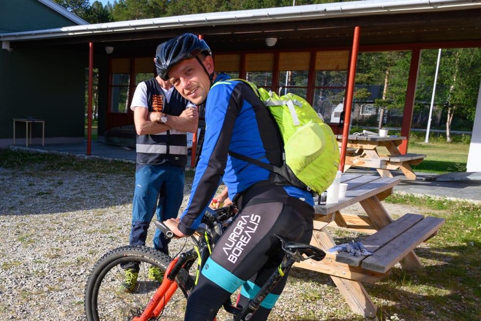 Martin Støvern forteller om gode bein og få problemer underveis på de 70 milene over Finnmarksvidda. Han brukte 62 timer og 49 minutter på rittet. Foto: Morten Broks