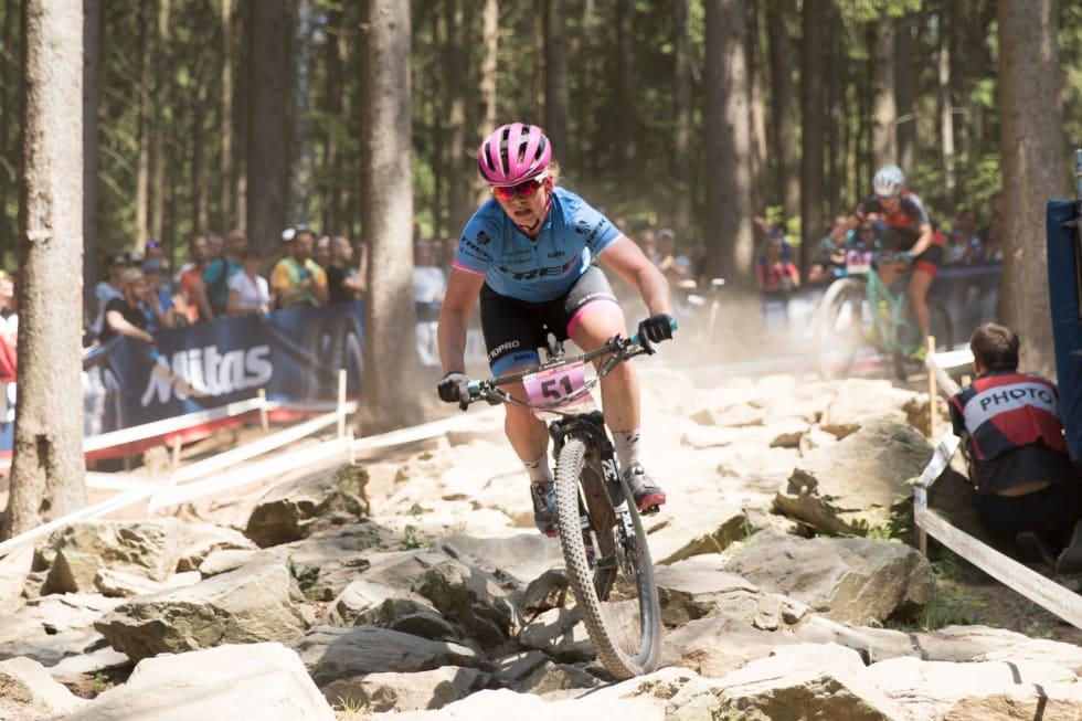 Elisabeth Sveum stiller i helgas verdenscup på eget initiativ. Her fra Nove Mesto i fjor. Foto: Bengt Ove Sannes