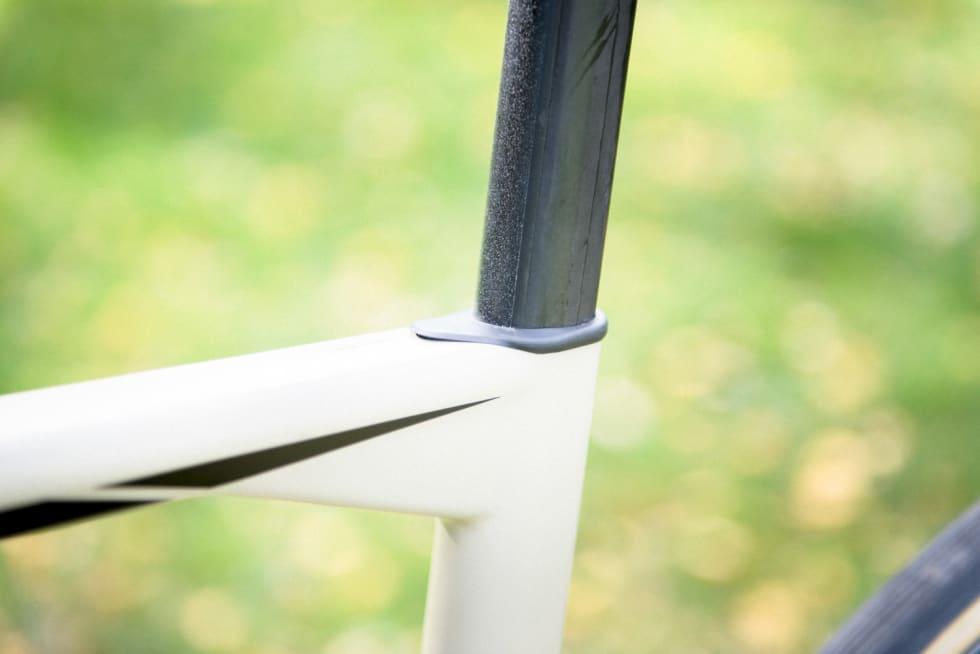 SØMLØST: Setepinner med usynlig strammeløsning blir et stadig vanligere syn. BMC var tidlig ute med løsningen.