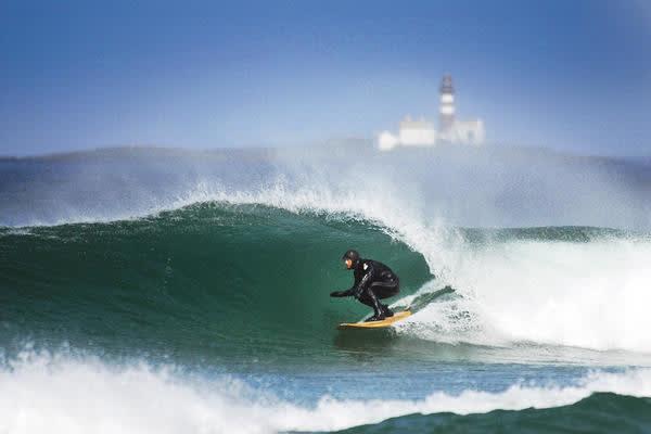 REDNINGSPLANKEN: Når bølgene er små på Jæren ellers, kan det fortsatt være muligheter for å søke til ukt på Borestrande. Foto: Anne-Christine P. Meling