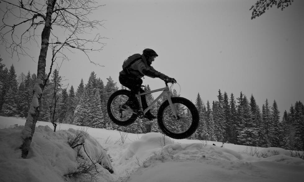 Tim Glazebrook air - Trysil Jan 4-17 - Foto Erik Olsson 1400x838