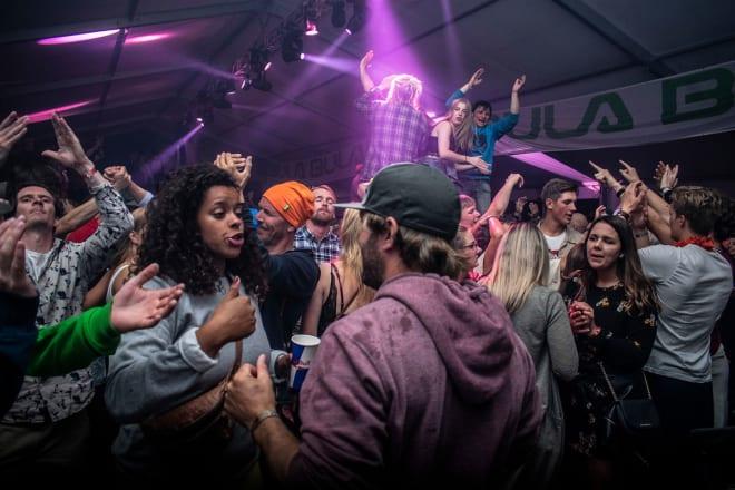 FEST: Veko er ikke bare ekstremsport. Kulturbiten er også temmelig sentral. Foto: Sebastian Åkerman