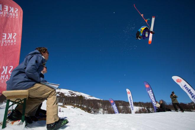 IKKE OPTIMALT: Hvis DIN er justert for lavt kan du oppleve at skia løser ut når du ikke vil. Og i motsatt fall kan du oppleve at beinet brekker eller leddbåndet ryker fordi skien ikke løser ut. Arkivfoto: Tore Meirik
