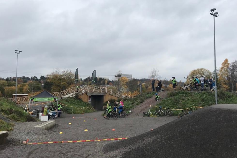 Pumtracken i Lørenskog er blitt populær både i og utenfor treningstidene til klubben. Foto: Lørenskog CK