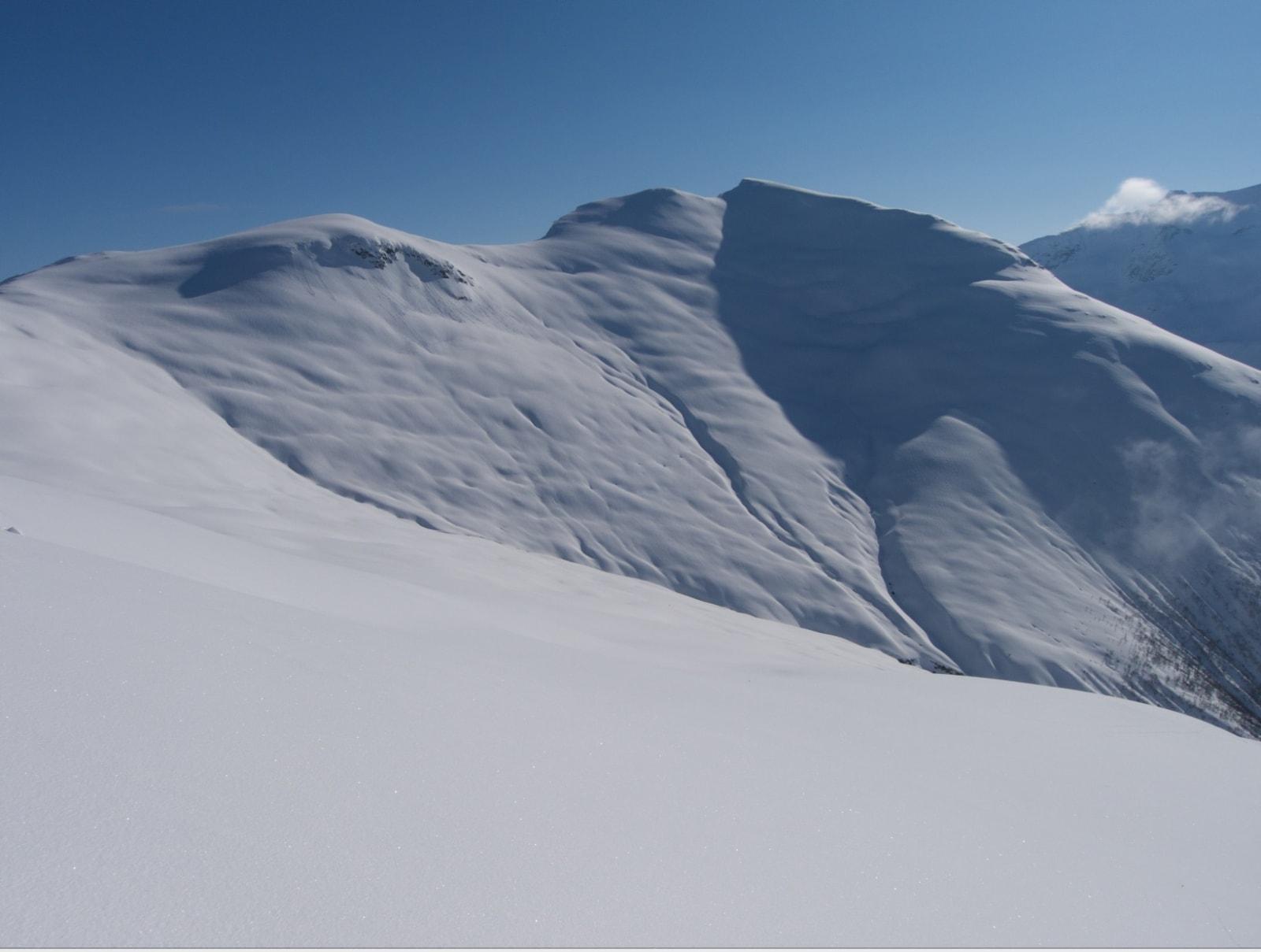 Fra Loen Skylift er det ikke langt til Geitafjellshyrna. Foto: Breogfjell arkiv