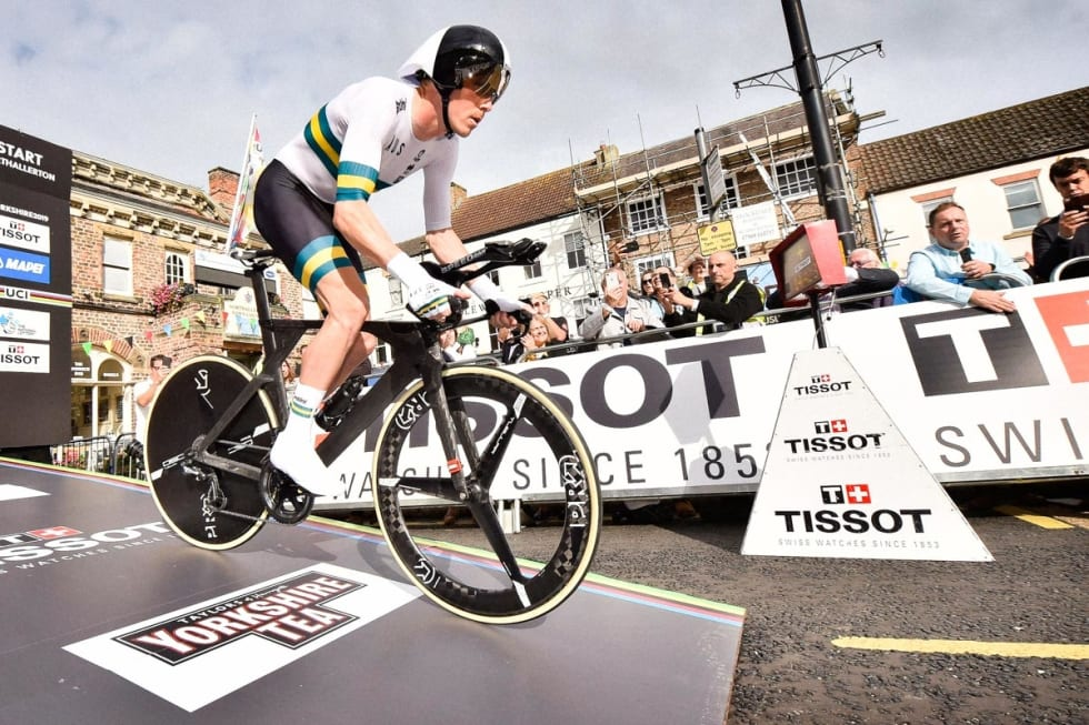 BMC TIMEMACHINE TT: Under VM i Yorkshire kjørte Dennis på den sykkelen, men uten logoer. Foto: Cor Vos.