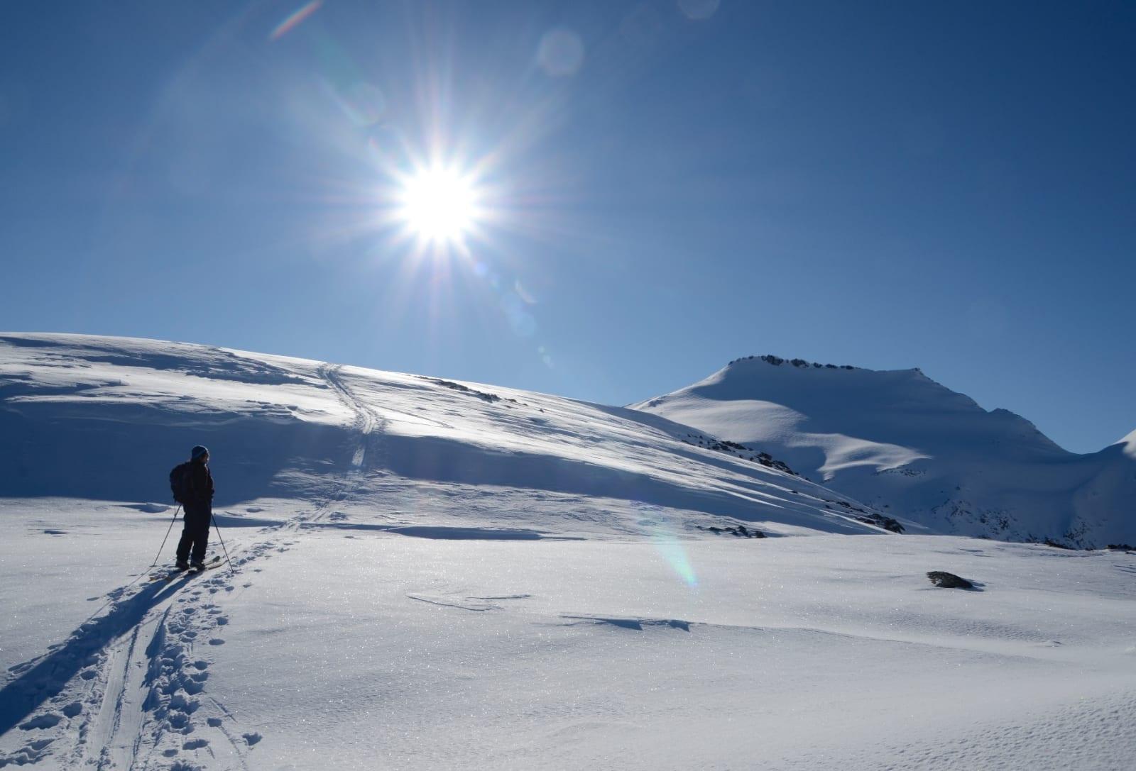 Lang, dag, stor sol og mange høydemeter. foto: Sandra Lappegard