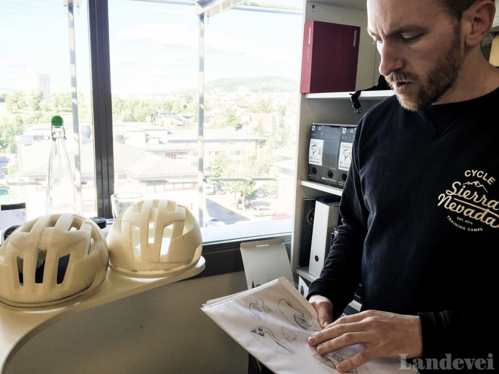 DESIGNEREN: Thomas Larsen Røed er den godt beskyttede hjernen bak Sweets nye Falconer.