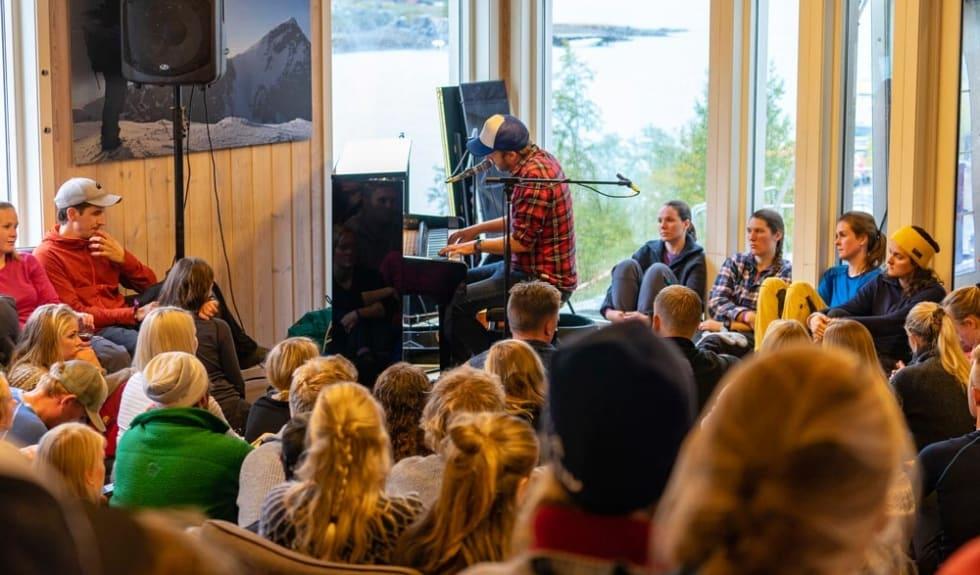 Intimkonsert på Fjellfilm. Foto Per Sandnes
