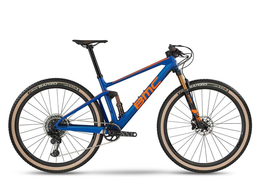 LANG OG SLAKK: Nye BMC FourStroke setter ny rekord for slakk styrevinkel for rittsykler.