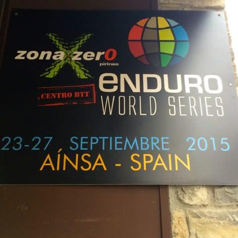 UNDER SNØ: I våres lå snøen fortsatt i Pyreneene, men Ainsa skal avholde en del av Enduro World Series 25. til 27. september.