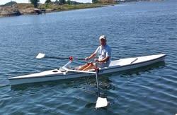 Folkebåten. For de som ønsker en robåt som både er god å ro, lett å frakte samt enkel å lagre, er Olym Sport (bildet) meget aktuell. Konkurrentene på det norske marked er først og fremst de letteste modellene fra LiteBoat og modell Yoletta fra Virus.