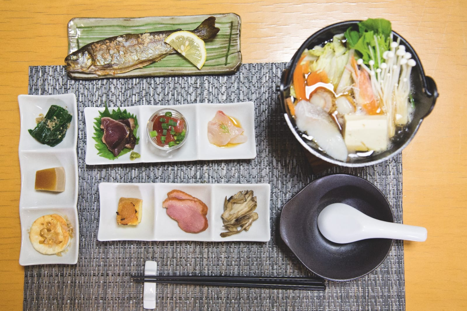MATVRAK: Uansett hvor mye snø som faller ute, vil det lande mye god mat på bordet foran deg.