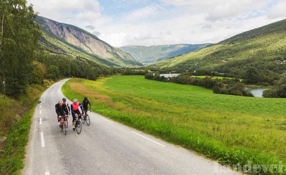 BAKSIDEVEG: Har du lyst å sykle Gudbrandsdalen, finner du små baksideveger langs store deler av E6.