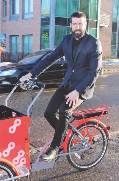 STORT POTENSIAL: Mats Larsen i Syklistenes Landsforening ser at mange bytter fra bil til elsykkel.