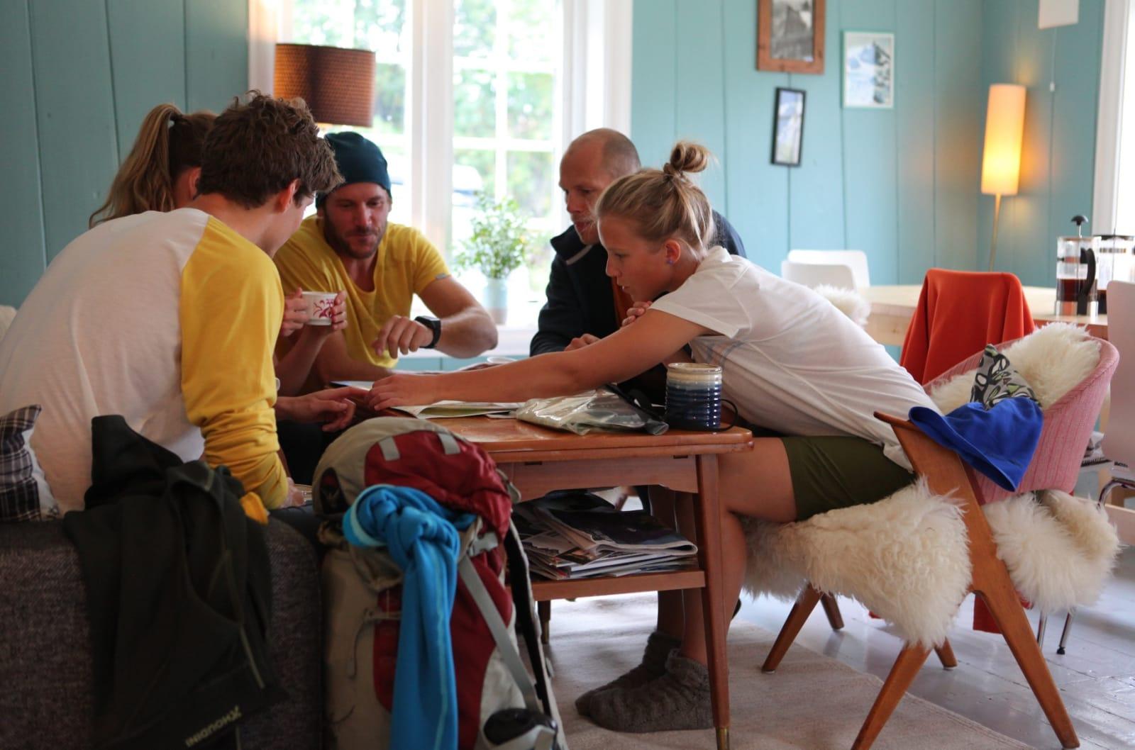 God stemning i stua på Romsdal Lodge.