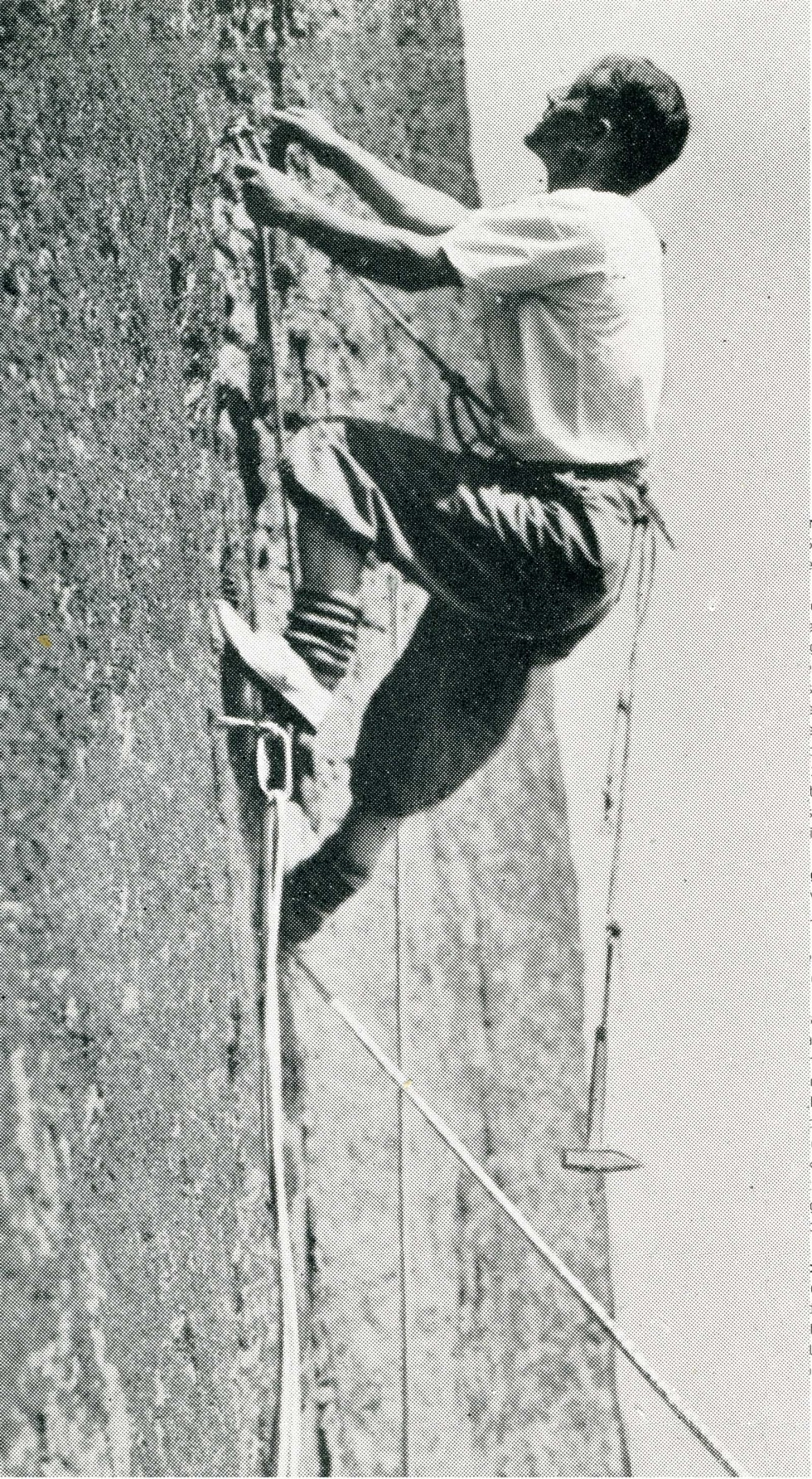 Teknisk: Bolteklatring på Bolterisset (6) i Østveggen. Foto: Fra Friluftsboka (1941)