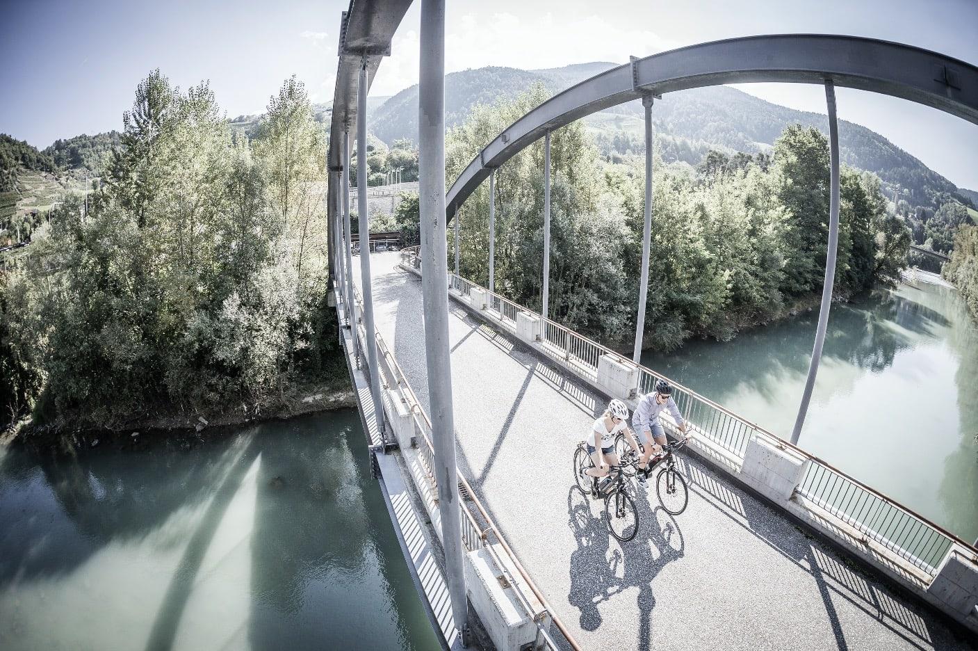 BEDRE HELSE: For mange er elsykkel med på gi en ekstra dytt til trening – bokstavelig talt. Foto: Merida