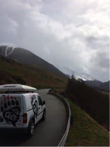 ST BERNHARD: Å krysse fjellpass i bil er en del av det å reise gjennom Europa.